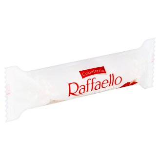 Raffaello Crispy Wafer Sprinkled with Chopped Coconut, with Whole Almond Inside 40 g