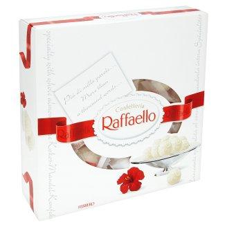 Ferrero Raffaello Oblátka s náplňou a celou mandľou posypaná strúhaným kokosom 260 g