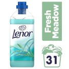 Lenor Fresh Meadow Aviváž, 930 ml, Na 31 Praní